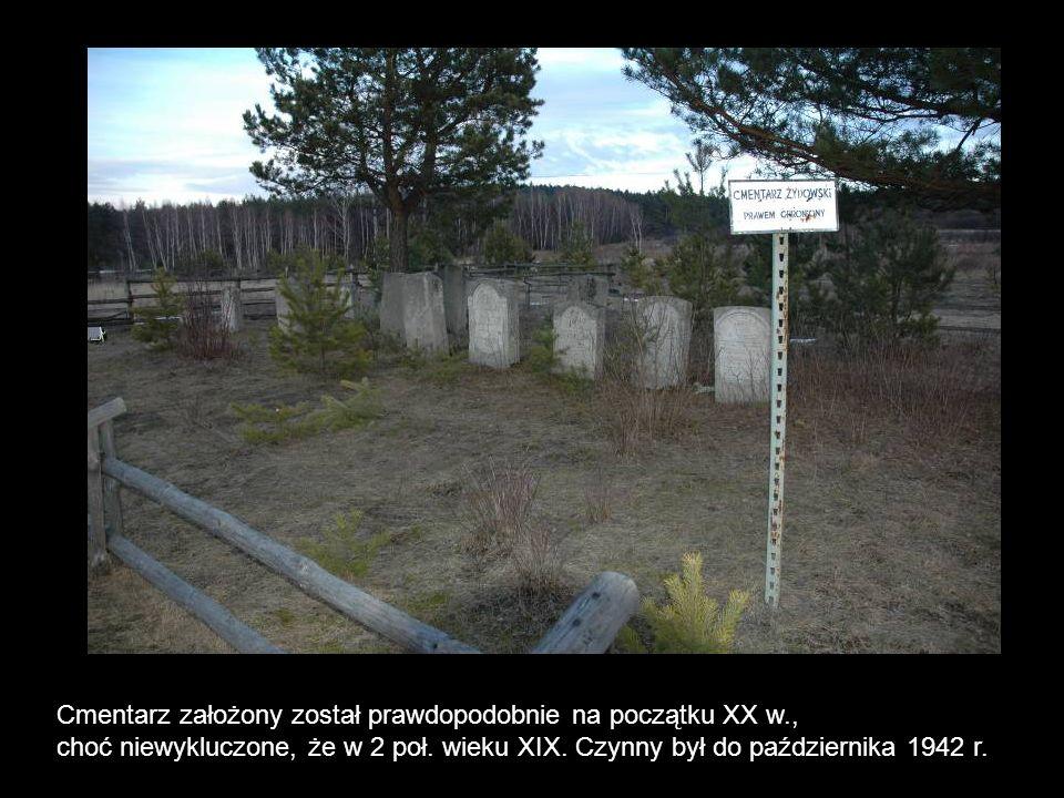Cmentarz założony został prawdopodobnie na początku XX w., choć niewykluczone, że w 2 poł. wieku XIX. Czynny był do października 1942 r.