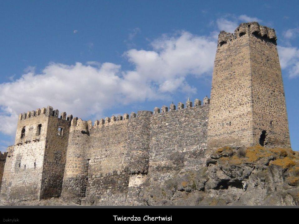Daktylek Twierdza Chertwisi – II w. p.n.e. - jedna z najstarszych fortyfikacji w regionie Samcche-Dżawachetia w południowej Gruzji