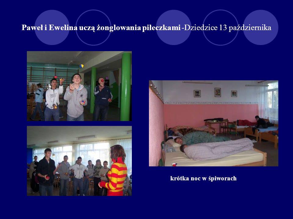 Warsztaty w żonglowaniu piłeczkami -12 października Paweł i Ewelina przyjechali do nas z Krzyżowic (koło Wrocławia)