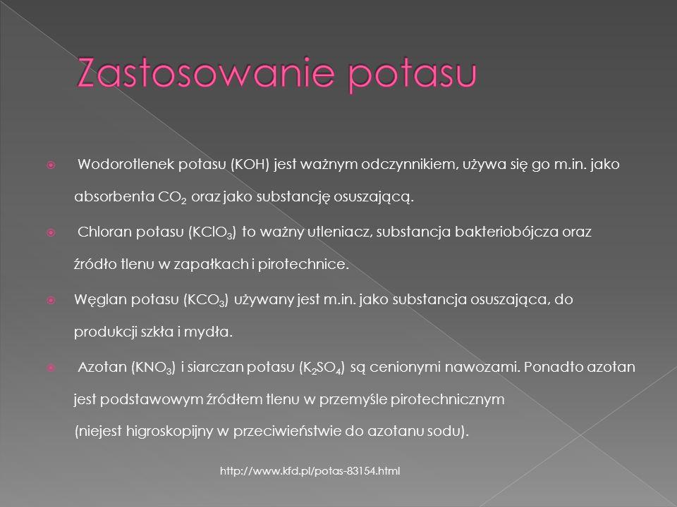 Wodorotlenek potasu (KOH) jest ważnym odczynnikiem, używa się go m.in. jako absorbenta CO 2 oraz jako substancję osuszającą. Chloran potasu (KClO 3 )