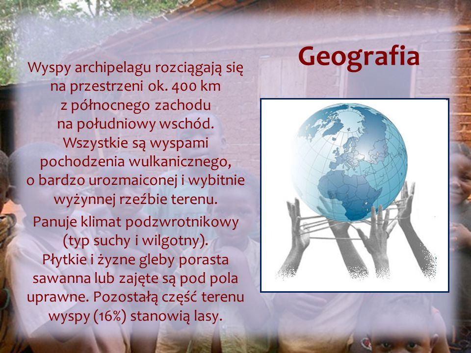 Geografia Wyspy archipelagu rozciągają się na przestrzeni ok.