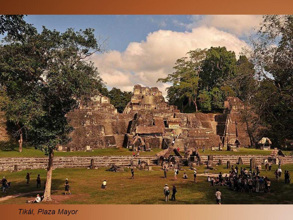 Tikál, świątynia Grand Jaguar