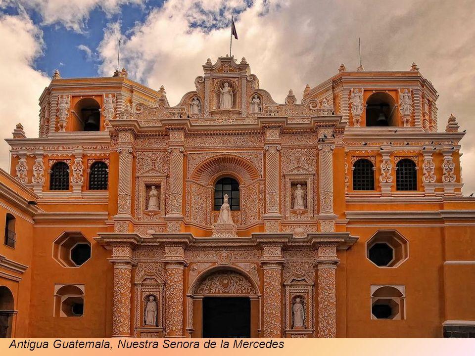 Antigua Guatemala, Brama Santa Catalina
