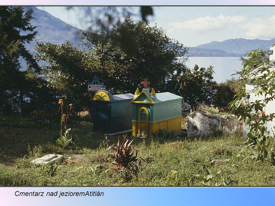 Jez.Atitlán jest uważane za jedno z najpiękniejszych zbiorników naturalnych w świecie