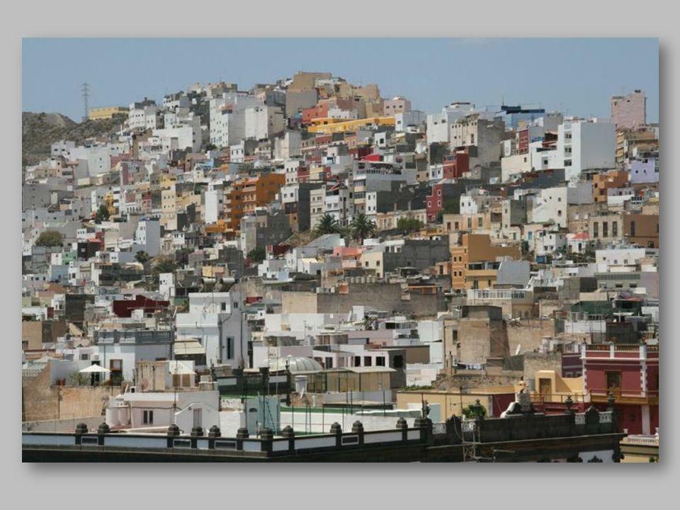 Las Palmas de Gran Canaria to największe miasto i zarazem stolica wyspy Gran Canaria a także stolica prowincji Las Palmas. Położone jest w północno-ws