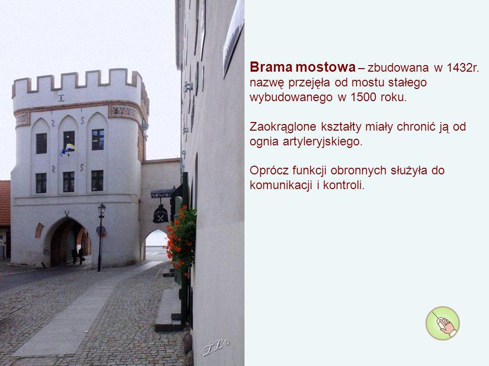 Łuk Cezara – kamienica barokowa z XVIII wieku przy ul.