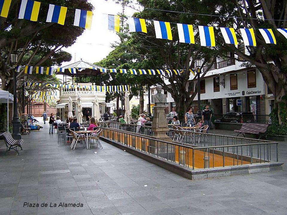 Al Enano de la Virgen figurka –symbol miasta Santa Cruz de La Palma