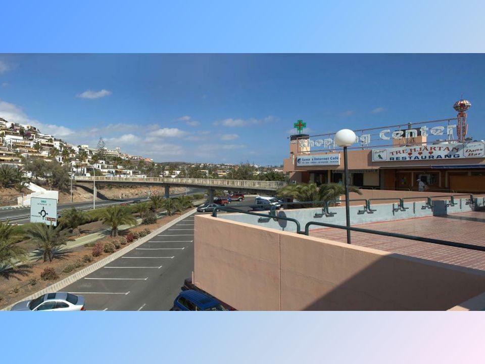 San Agustin, w kierunku centrum handlowego