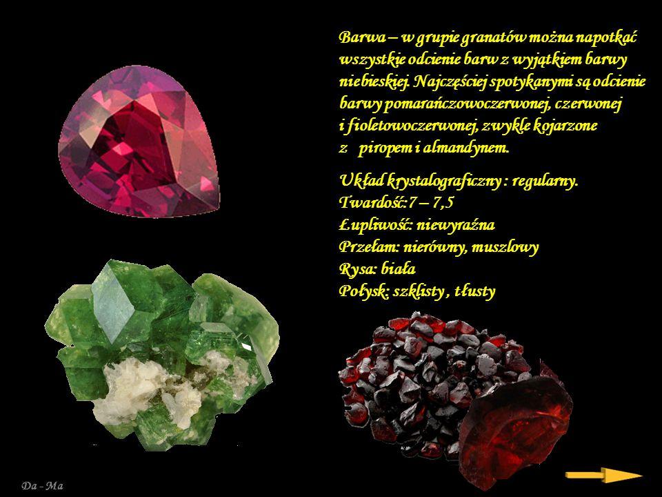 Granat – grupa minerałów zaliczana do gromady krzemianów. Nazwa pochodzi od łacińskiego słowa granatus = granat, owoc granatu, co wskazuje na podobień