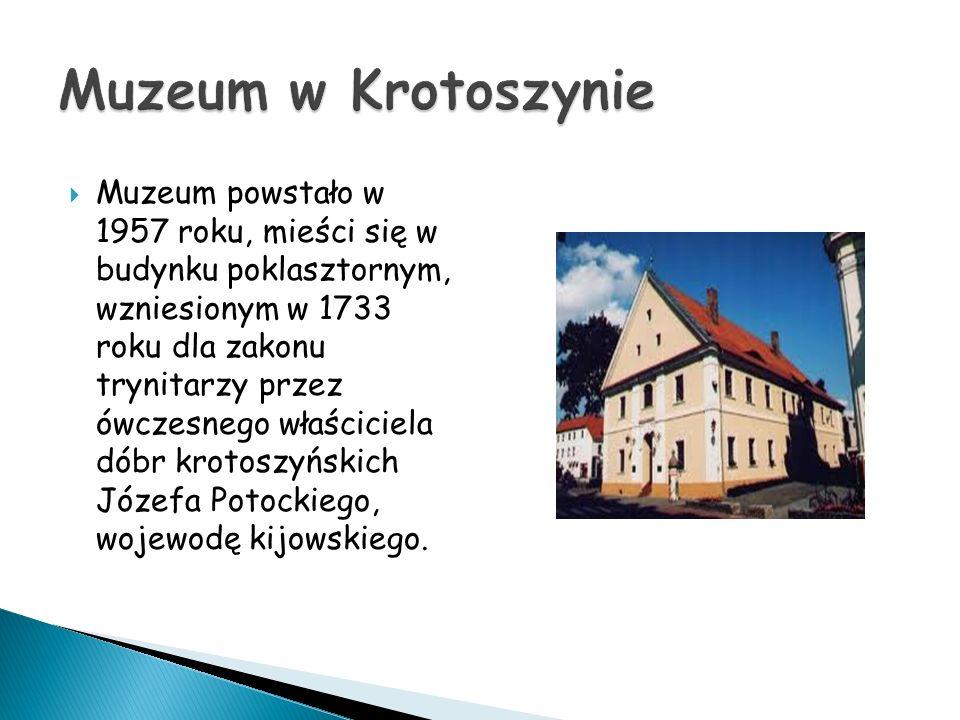 Muzeum powstało w 1957 roku, mieści się w budynku poklasztornym, wzniesionym w 1733 roku dla zakonu trynitarzy przez ówczesnego właściciela dóbr kroto