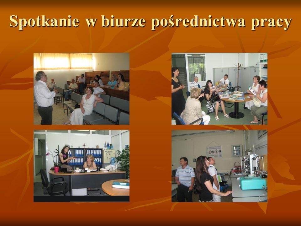 Spotkanie w biurze pośrednictwa pracy