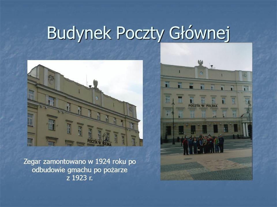 Budynek Poczty Głównej Zegar zamontowano w 1924 roku po odbudowie gmachu po pożarze z 1923 r.