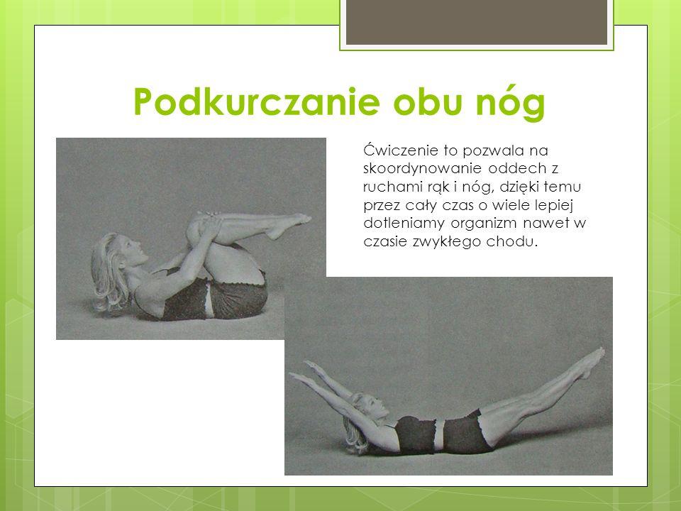 Podkurczanie obu nóg Ćwiczenie to pozwala na skoordynowanie oddech z ruchami rąk i nóg, dzięki temu przez cały czas o wiele lepiej dotleniamy organizm