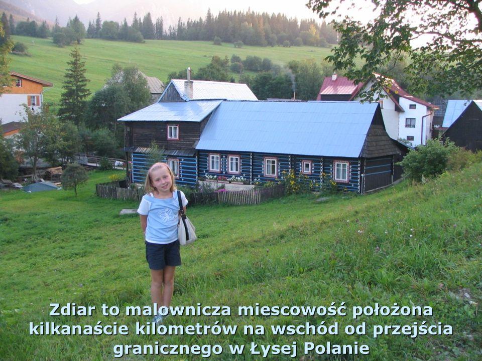 W wysokich Tatrach Słowackich wjechaliśmy kolejką linową do stacji Skalnate Pleso pod szczytem Tatranska Lomnica; zwiedziliśmy kilka tatrzańskich miejscowości, a także piękną Jaskinię Bielianską