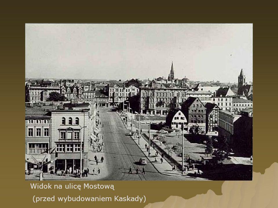 Widok na Łuczniczkę i kościół Klarysek