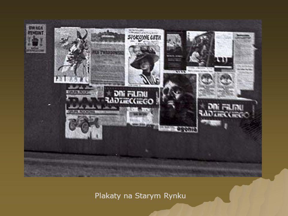 Plakaty na Starym Rynku