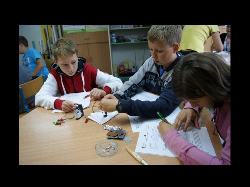 Sprawdzamy jednorodność budowy różnych materiałów.