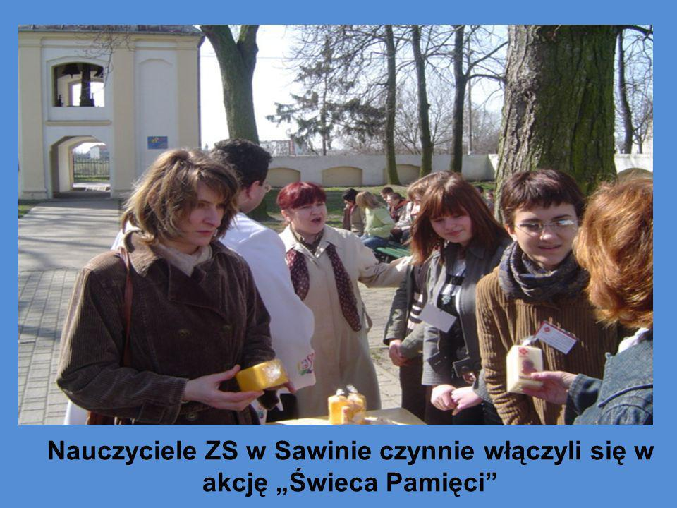 Nauczyciele ZS w Sawinie czynnie włączyli się w akcję Świeca Pamięci