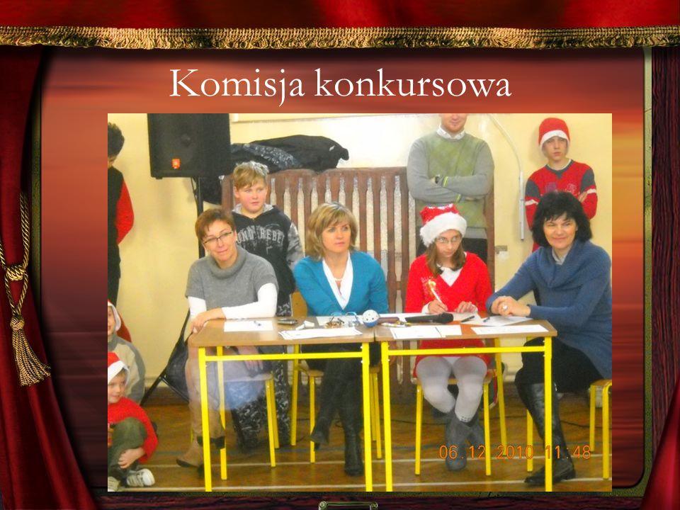 Otwarcie konkursu nastąpiło w raz z występem Zuzi Jurkiewicz.