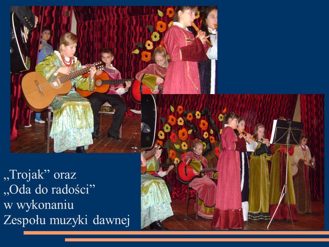 Trojak oraz Oda do radości w wykonaniu Zespołu muzyki dawnej