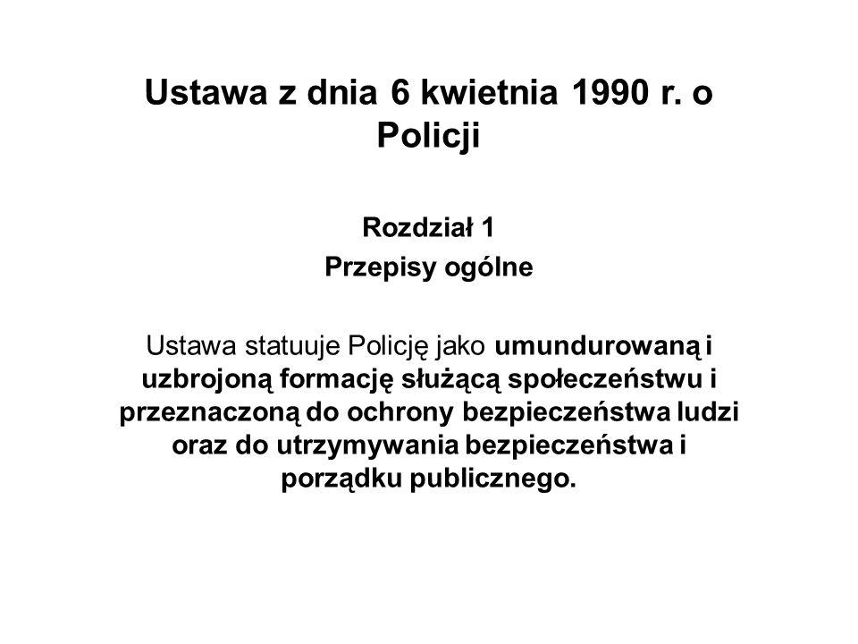 Ustawa wymienia podstawowe zadania Policji: - ochrona życia i zdrowia ludzi oraz mienia przed bezprawnymi zamachami naruszającymi te dobra - ochrona bezpieczeństwa i porządku publicznego, w tym zapewnienie spokoju w miejscach publicznych oraz w środkach publicznego transportu i komunikacji publicznej, w ruchu drogowym i na wodach przeznaczonych do powszechnego korzystania - inicjowanie i organizowanie działań mających na celu zapobieganie popełnianiu przestępstw i wykroczeń oraz zjawiskom kryminogennym i współdziałanie w tym zakresie z organami państwowymi, samorządowymi i organizacjami społecznymi