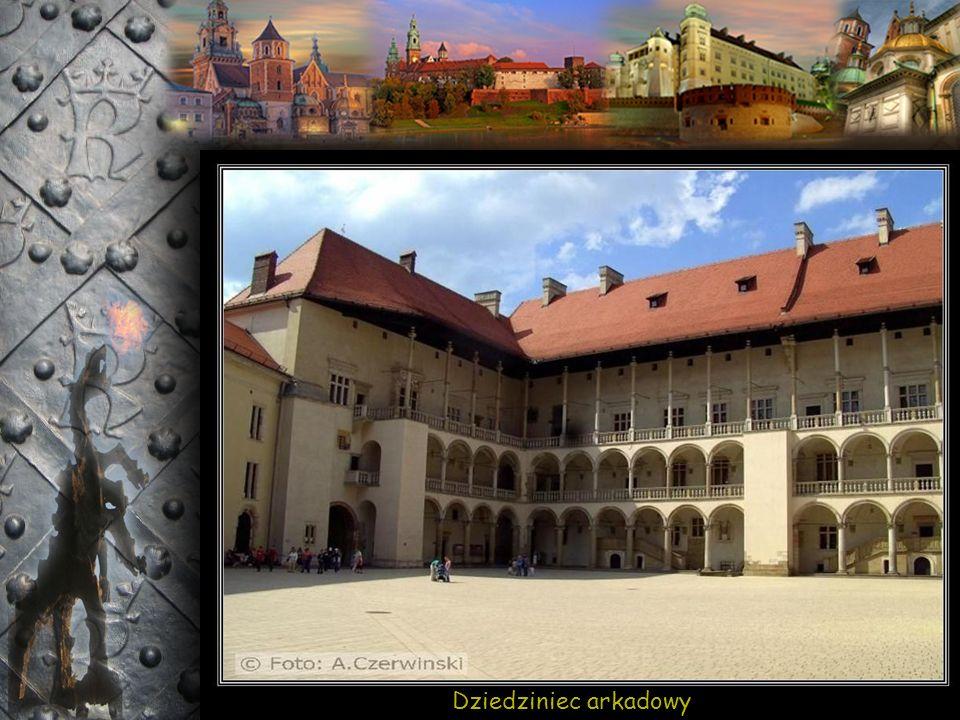 Budynek dawnych kuchni królewskich – obecnie mieści się tu Dyrekcja Zamku Królewskiego na Wawelu