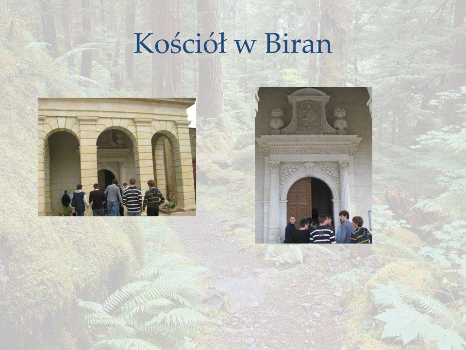 Kościół w Biran