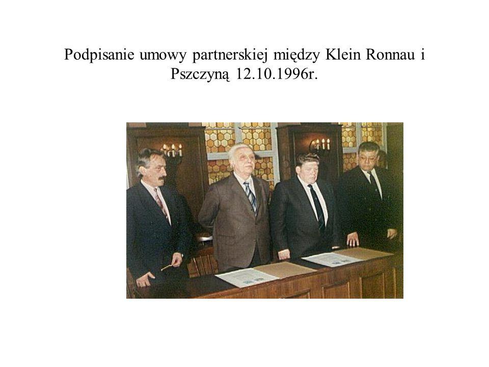 Podpisanie umowy partnerskiej między Klein Ronnau i Pszczyną 12.10.1996r.