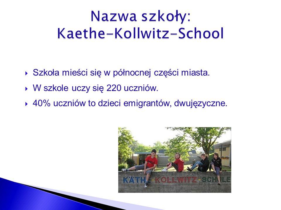 Szkoła mieści się w północnej części miasta.W szkole uczy się 220 uczniów.
