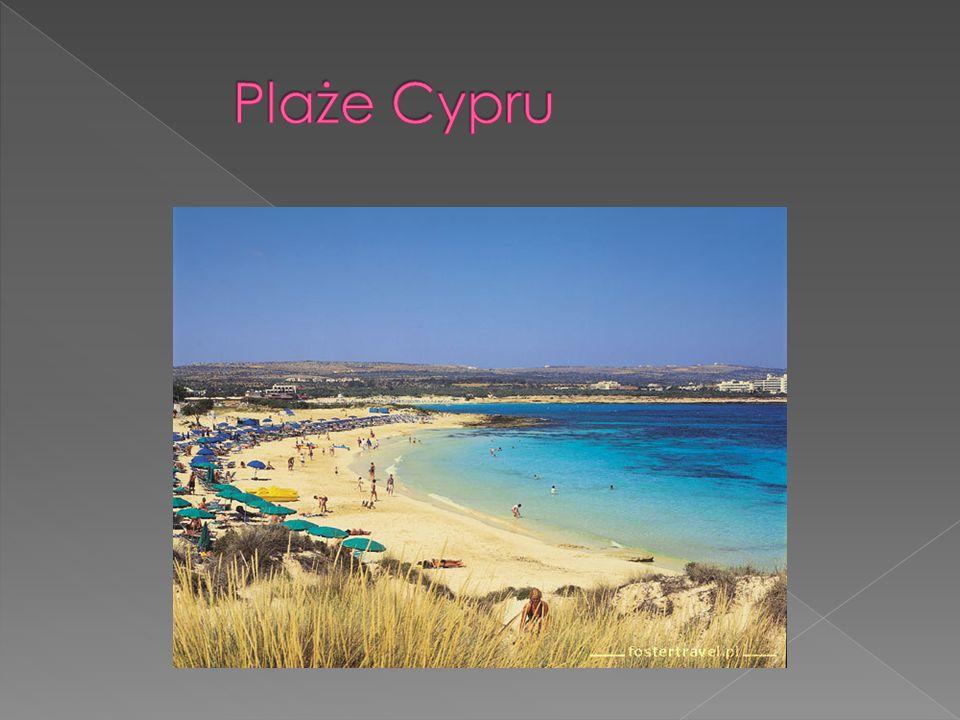 Cypr powszechnie jest nazywamy państwem cytrusów, to tam rosną cytryny, limonki i pomarańcze Na Wyspie, handlarze sprzedają również arbuzy i inne egzotyczne owoce i warzywa