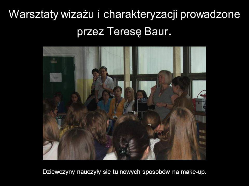 Warsztaty wizażu i charakteryzacji prowadzone przez Teresę Baur.