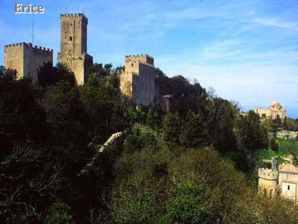 Erice – zamek normandzki (Venus castle) Erice – château normand (de Vénus)