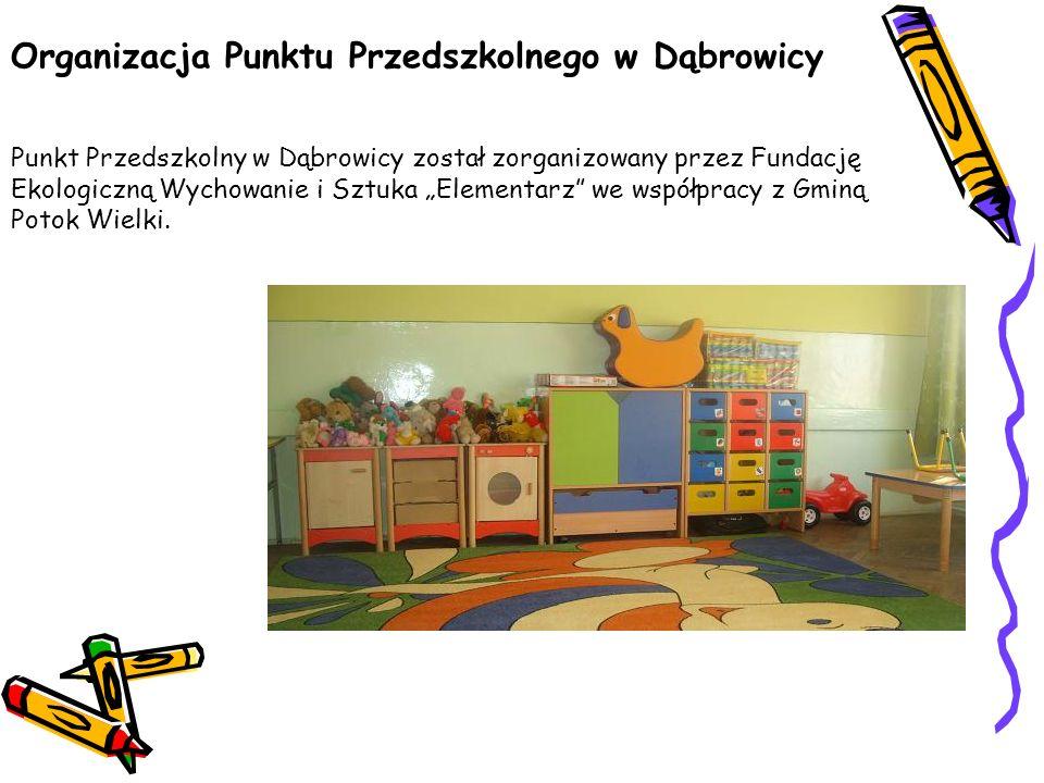 Punkt Przedszkolny ma do dyspozycji dwie sale, w których prowadzone są zajęcia edukacyjne: 8-io godzinne zajęcia prowadzone przez nauczyciela wychowawcę - p.