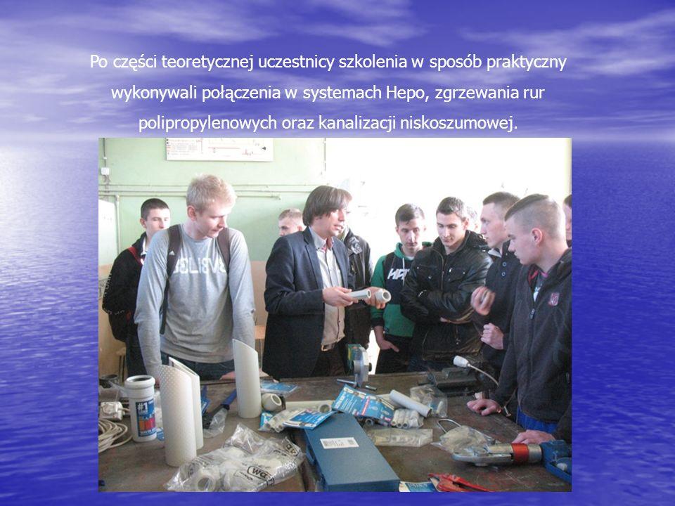 Po części teoretycznej uczestnicy szkolenia w sposób praktyczny wykonywali połączenia w systemach Hepo, zgrzewania rur polipropylenowych oraz kanaliza