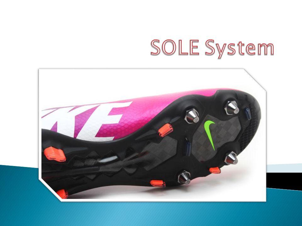 SOLE System jest to system dzięki któremu możemy zmieniać typ podeszwy przystosowując ją do aktualnych warunków na boisku.
