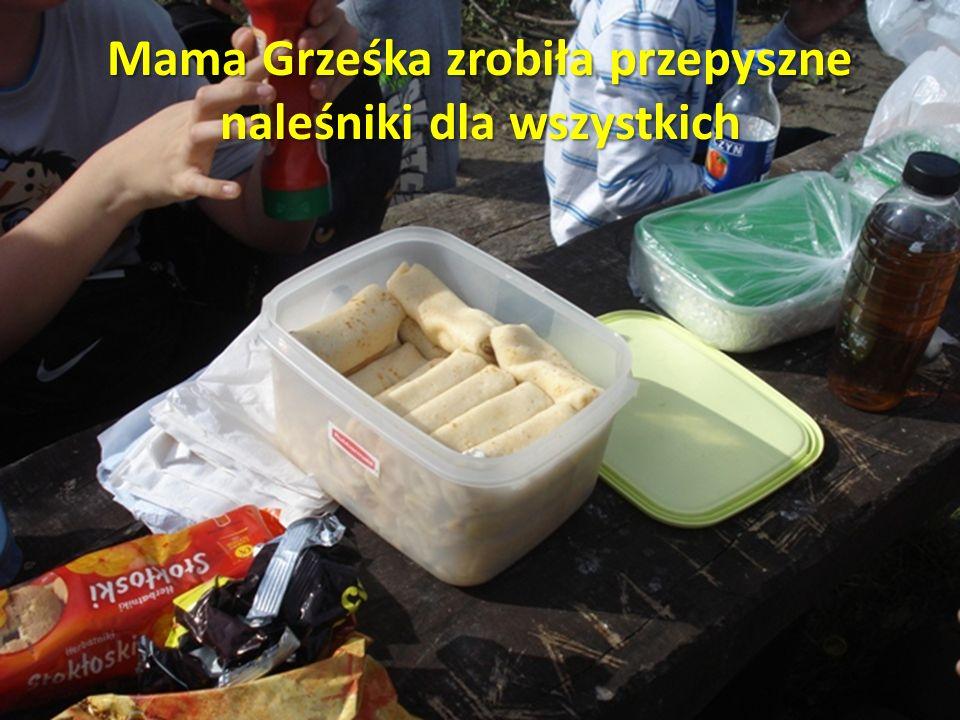 Mama Grześka zrobiła przepyszne naleśniki dla wszystkich