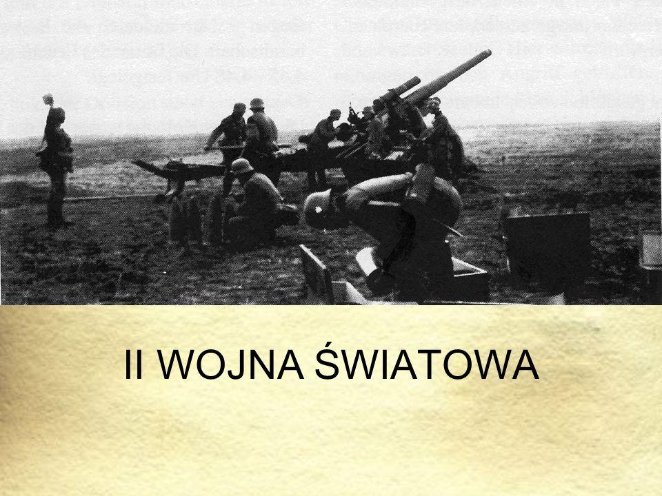 """Zgodnie z planami Hitlera armie niemieckie uderzają z trzech kierunków na Polskę, w ciągu dwóch tygodni pokonują Wojsko Polskie, niszczą jego główne siły w """"łuku Wisły i zatrzymują się na granicy """"strefy interesów ."""