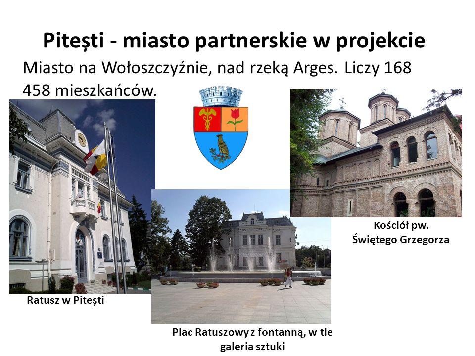 Pitești - miasto partnerskie w projekcie Miasto na Wołoszczyźnie, nad rzeką Arges. Liczy 168 458 mieszkańców. Ratusz w Pitești Plac Ratuszowy z fontan