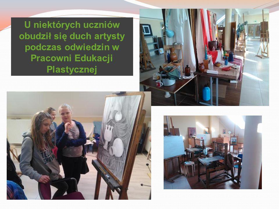 U niektórych uczniów obudził się duch artysty podczas odwiedzin w Pracowni Edukacji Plastycznej
