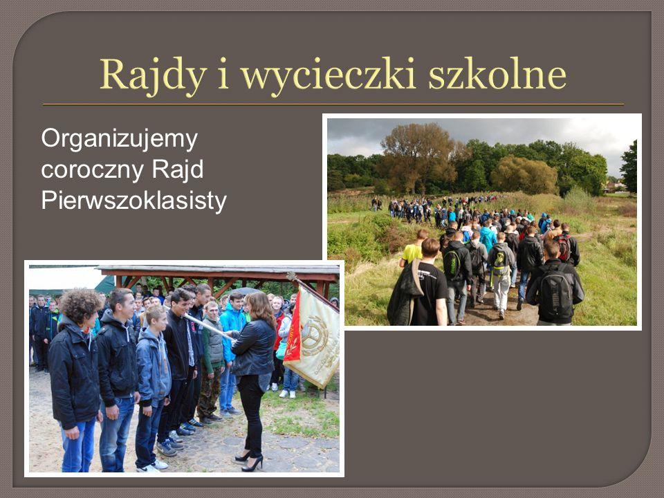 Rajdy i wycieczki szkolne Organizujemy coroczny Rajd Pierwszoklasisty