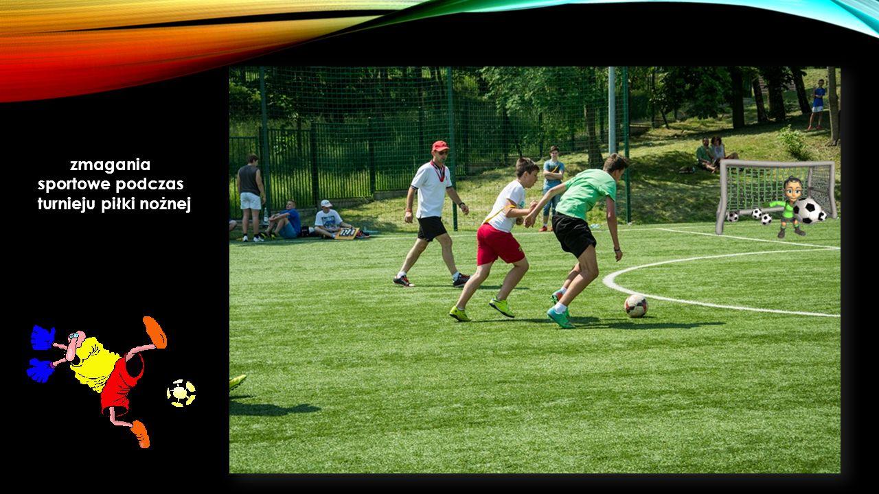 zmagania sportowe podczas turnieju piłki nożnej