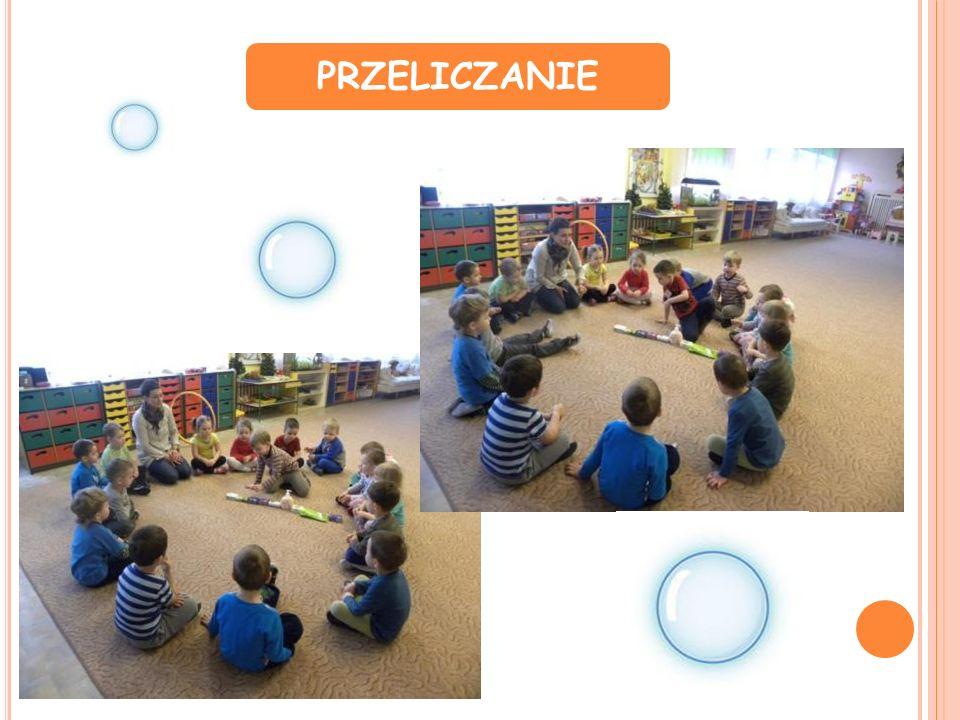 II FAZA SZUKANIE ODPOWIEDZI NA PYTANIA Dzieci podczas doświadczeń, w praktyce szukały odpowiedzi na pytania zawarte w siatce.