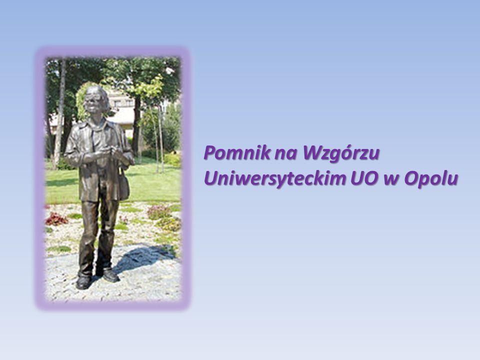Pomnik na Wzgórzu Uniwersyteckim UO w Opolu