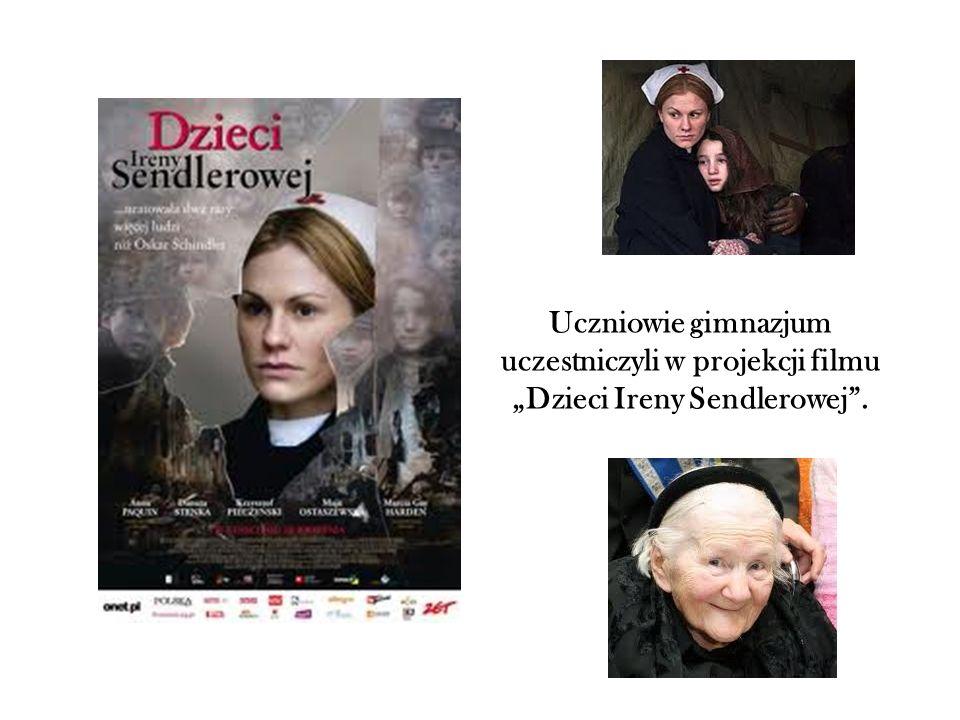 """Uczniowie gimnazjum uczestniczyli w projekcji filmu """"Dzieci Ireny Sendlerowej""""."""