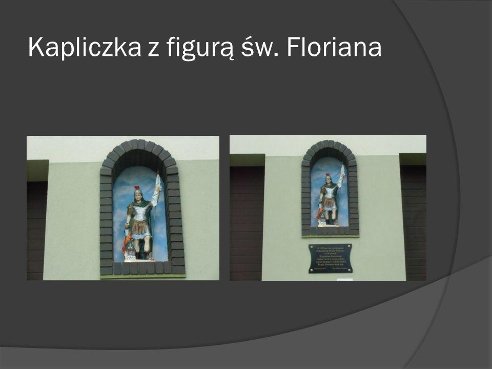 Kapliczka z figurą św. Floriana