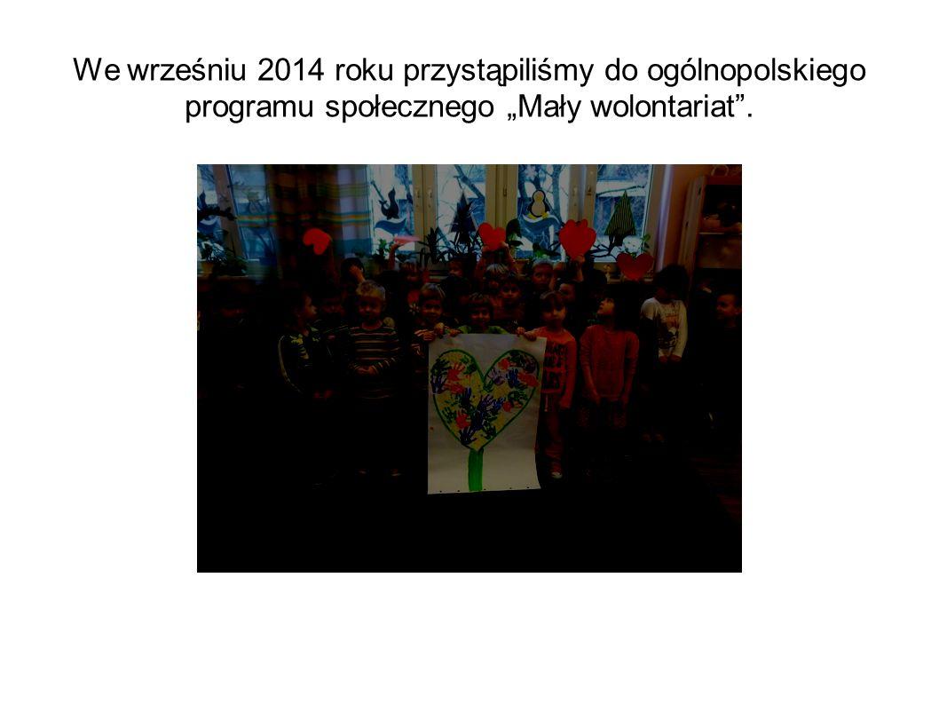 Dzieci chętnie uczestniczyły w akcji na rzecz czworonożnych pupili.