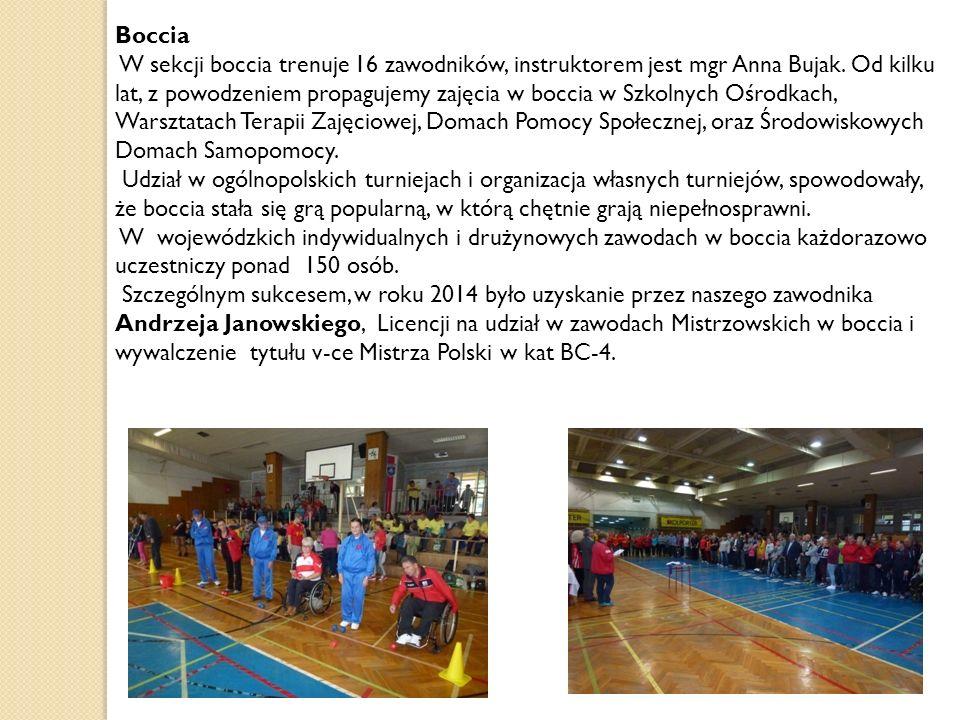 Boccia W sekcji boccia trenuje 16 zawodników, instruktorem jest mgr Anna Bujak. Od kilku lat, z powodzeniem propagujemy zajęcia w boccia w Szkolnych O