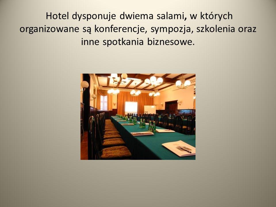 Hotel dysponuje dwiema salami, w których organizowane są konferencje, sympozja, szkolenia oraz inne spotkania biznesowe.