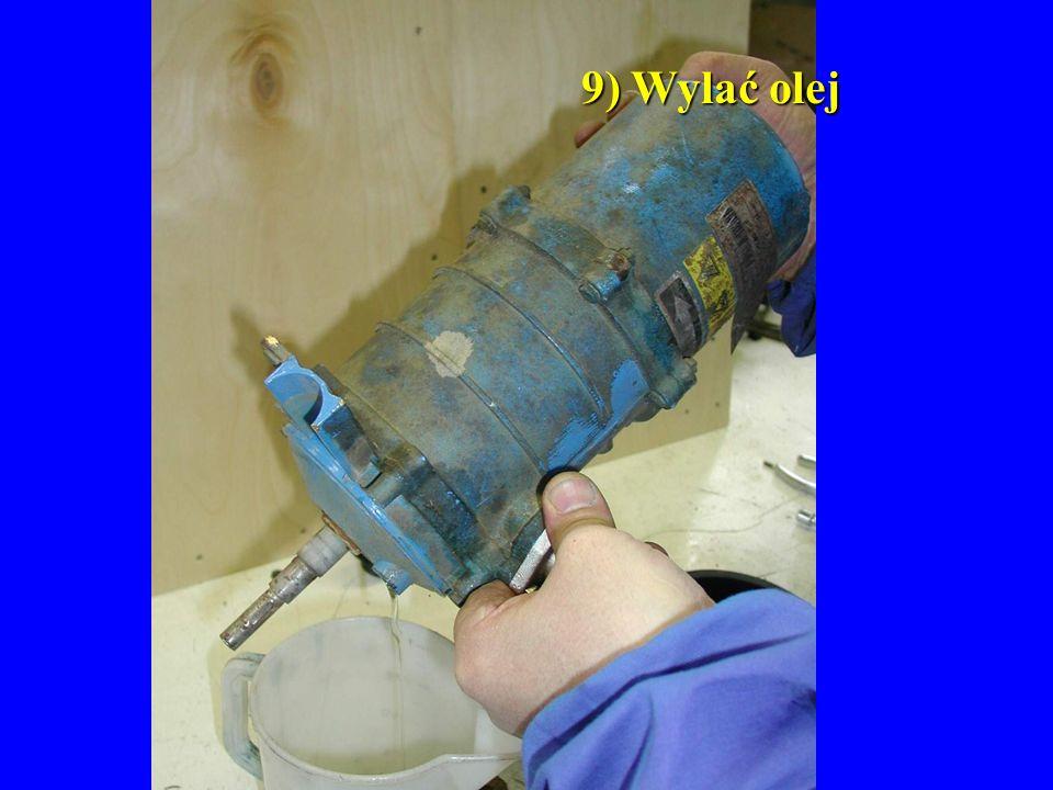 9) Wylać olej