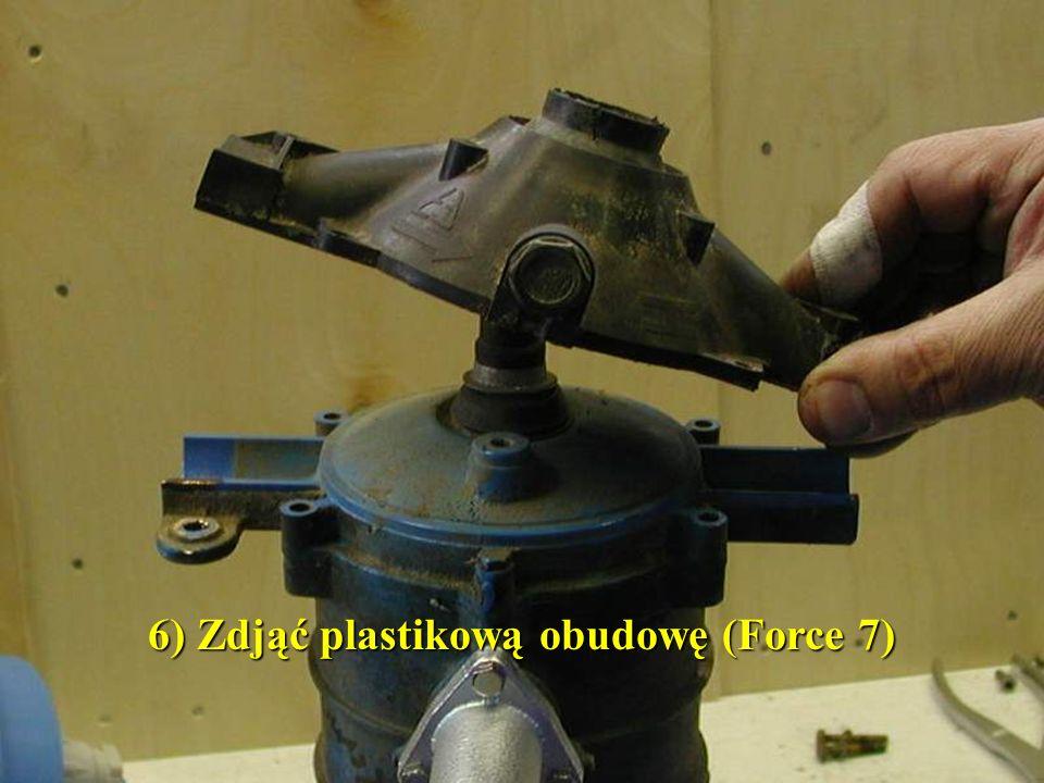 6) Zdjąć plastikową obudowę (Force 7)
